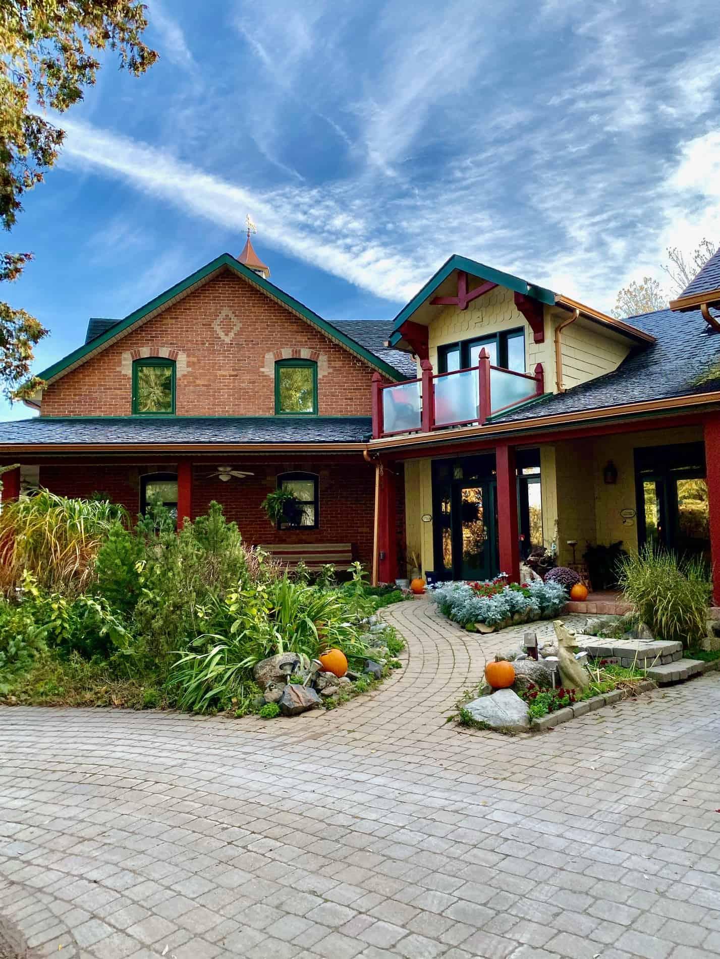 fall Ontario weekend getaway