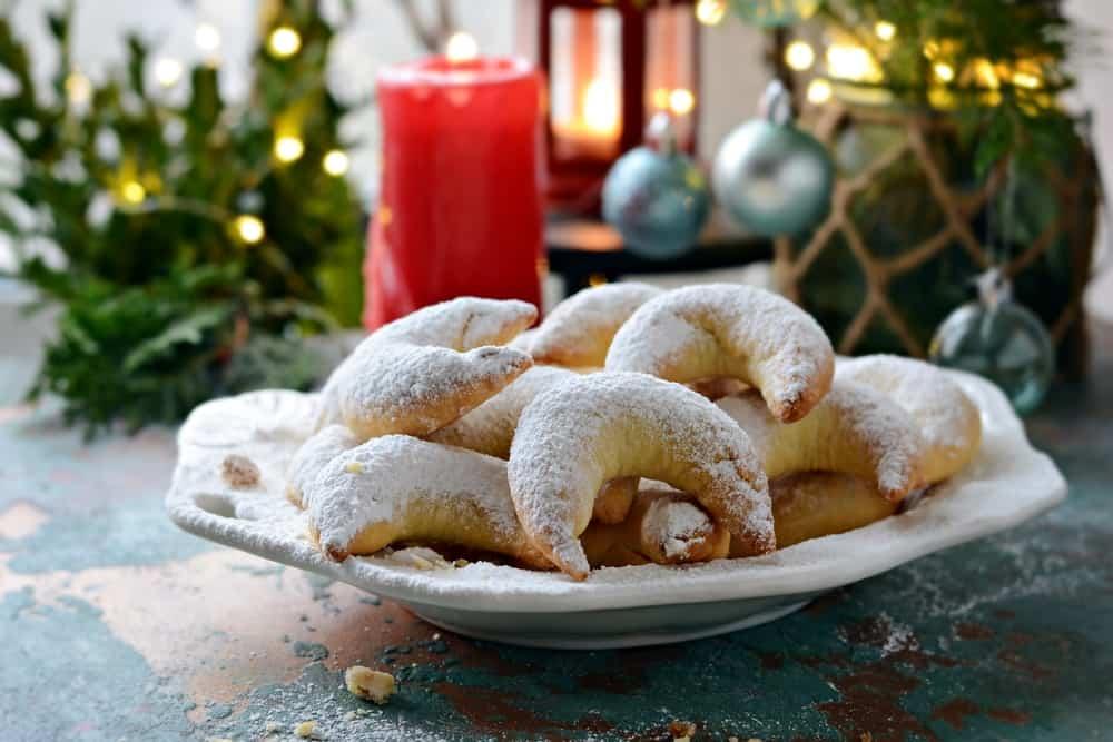 Vanillekipferl vanillekipferl vanillekipferln vanille gipfel vanillekipferl rezept vanillekipferl rezepte kipferl rezept vanillekipferl vanillekipferl recipe austrian cookies austrian cookies christmas vanilla crescent cookies austrian christmas cookies austrian cookie recipes kipfel cookies german crescent cookies kipferl biscuits austrian christmas cookies recipes almond crescent cookie german vanilla cookies german almond cookies german vanilla crescent cookies crescent moon cookies crescent almond cookies kipferl cookie recipe kipferl recept